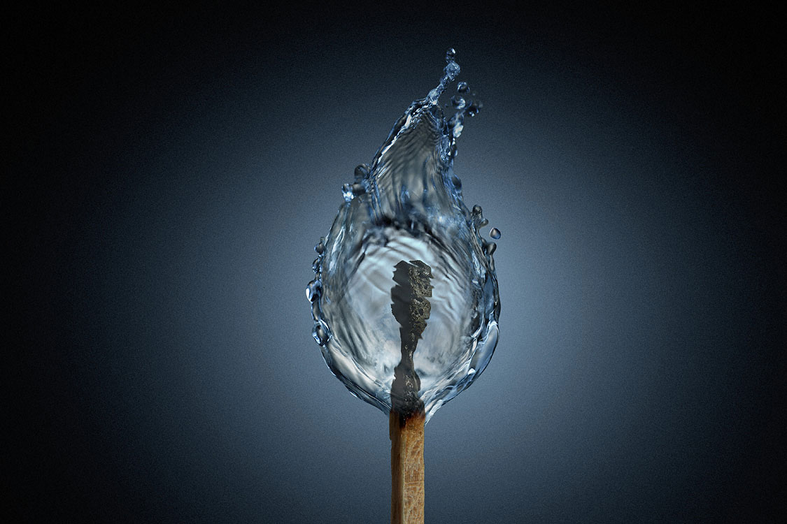 کبریت و آب --- شعله های آبی کبریت